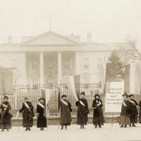 Suffragists Protest Outside White House, 1917