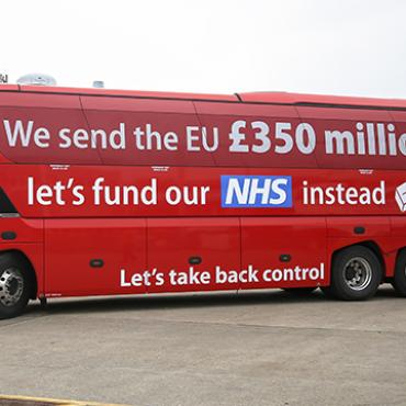 Bus Promotes Possible Brexit Benefits, 2016