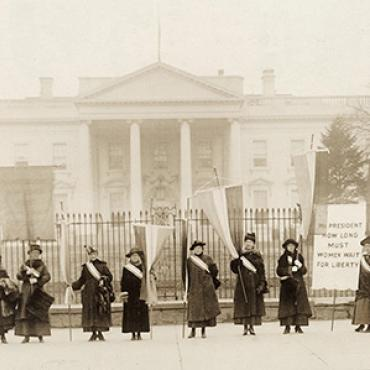One of the many picket lines suffragists organized outside of the White House in 1917.