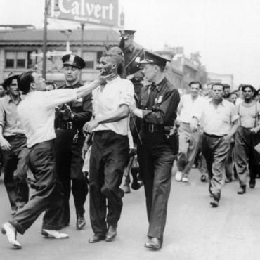 Race Riot in Downtown Detroit, 1943