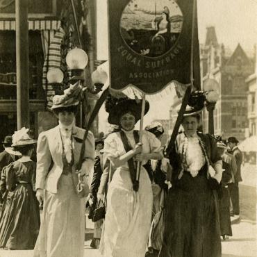 California Suffragists Marching, Aug. 27, 1908