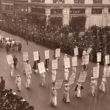 Women's Suffrage Parade in New York, Oct. 23, 1915