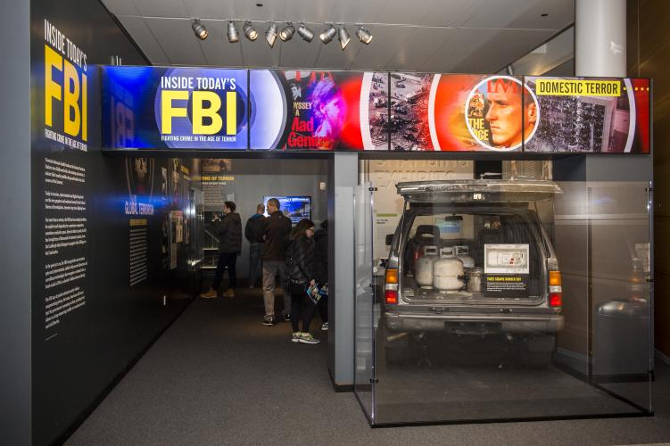 FBI exhibit at Newseum